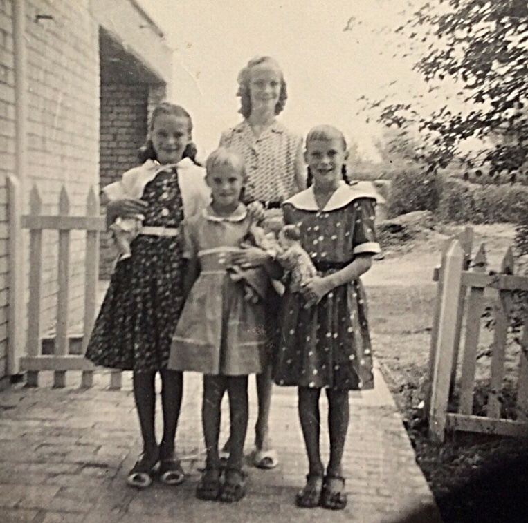 The Newton Sisters going back to school - September 1959 - Kirkuk, Iraq