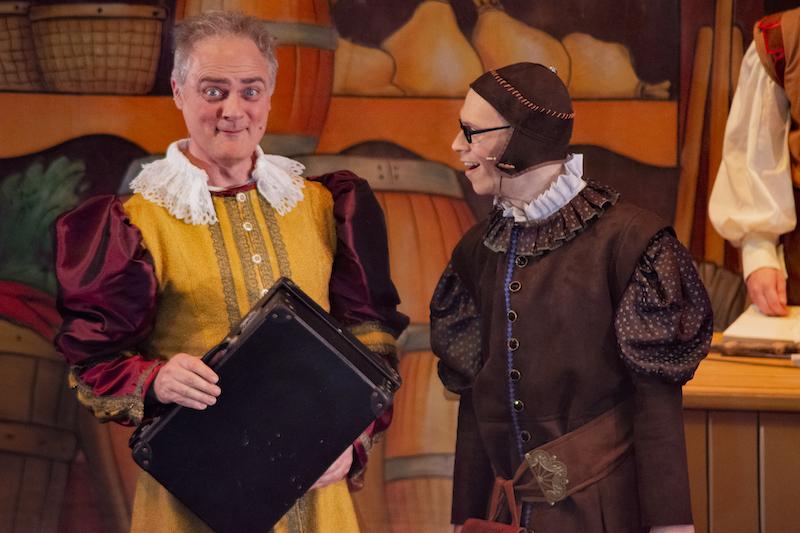Alasdair Baker as Alderman Fitzwarren and Richard Blackman as Percy the Pest Controller in DICK WHITTINGTON (photo: David King)
