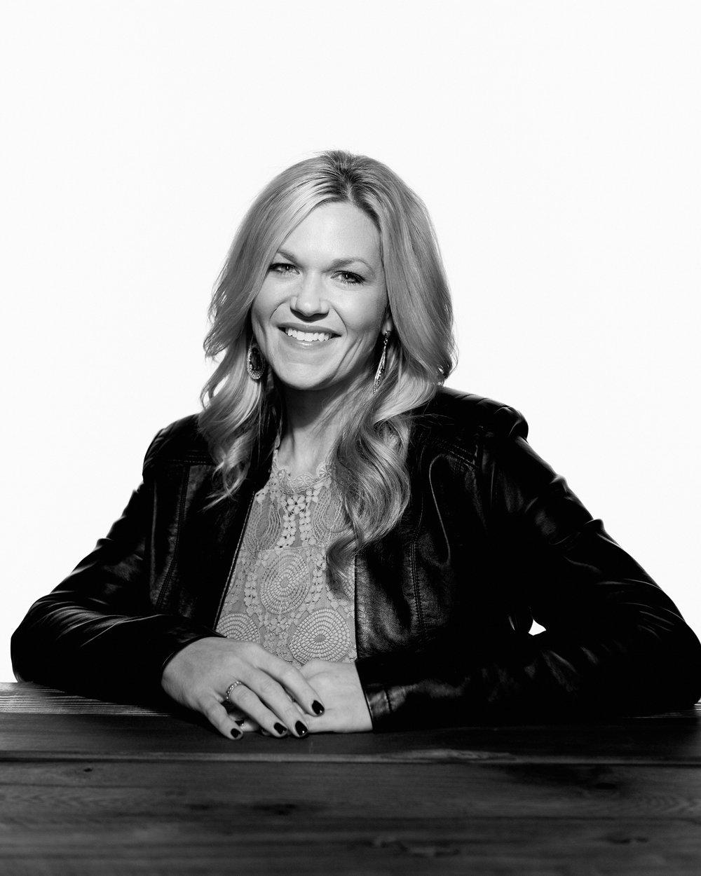 Starring Melissa McNabb. Photo by  @jasonmyersphoto