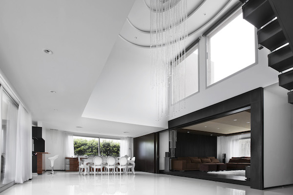 2 Great toom view to Dining & Home Theater 2x height ceiling  .jpg