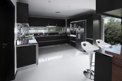 13  Casa Fontela kitchen .jpg