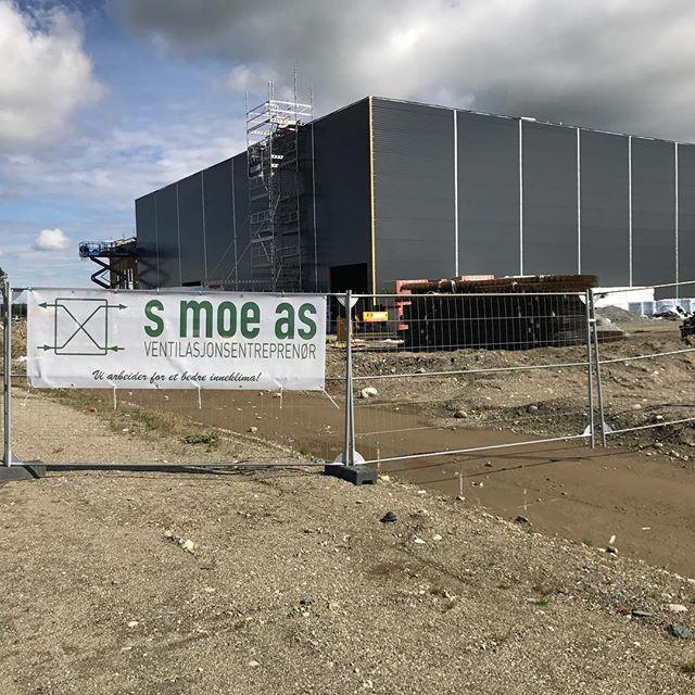 Straks klart for oppstart på dette prosjektet der vi skal levere ventilasjon!😁 Ca 1800m2 med lager og kontor, midt i smørøyet på Løvåsmoen 😇 (Østre Rosten)