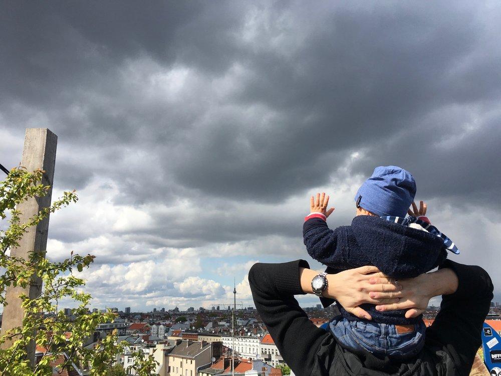 Photo by Valentina Gonzalez, taken at Klunkerkranich Rooftop, Berlin, 2017.