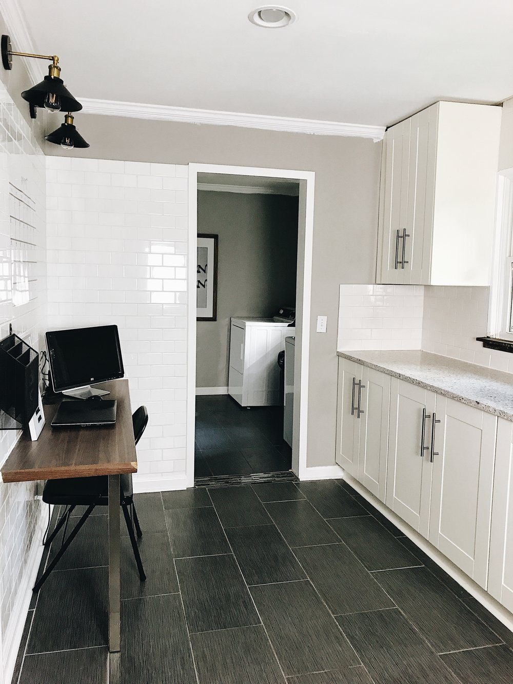 THIS MINIMAL HOUSE KITCHEN NOOK AFTER 2