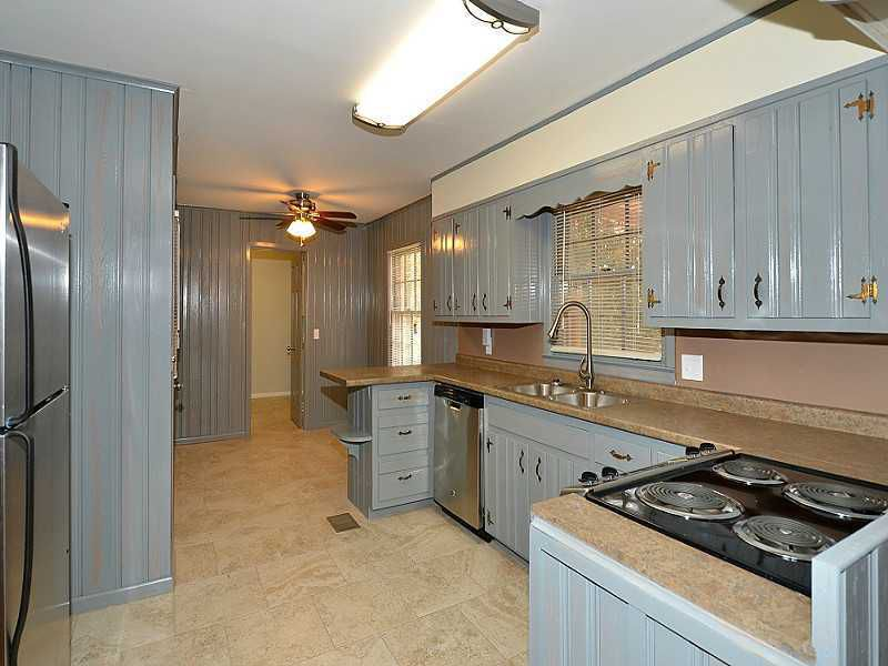 THIS MINIMAL HOUSE BLOG BEFORE PHOTO 4.jpg