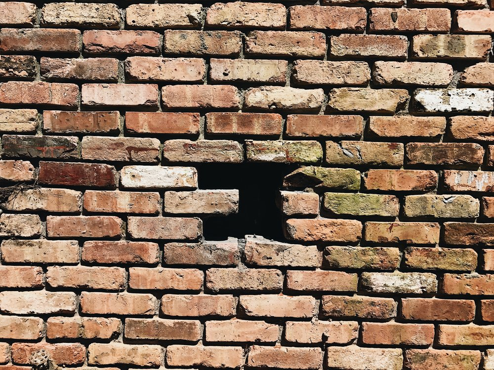 HOW TO REPLACE MISSING BRICKS IN EXISTING BRICK WALL THIS MINIMAL HOUSE BLOG 2.JPG