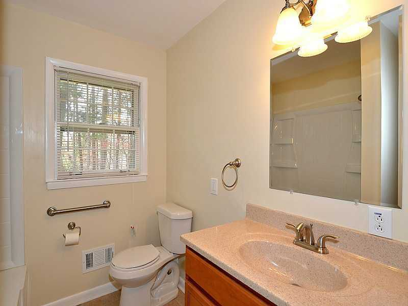 THIS MINIMAL HOUSE BLOG BEFORE PHOTO 18.jpg