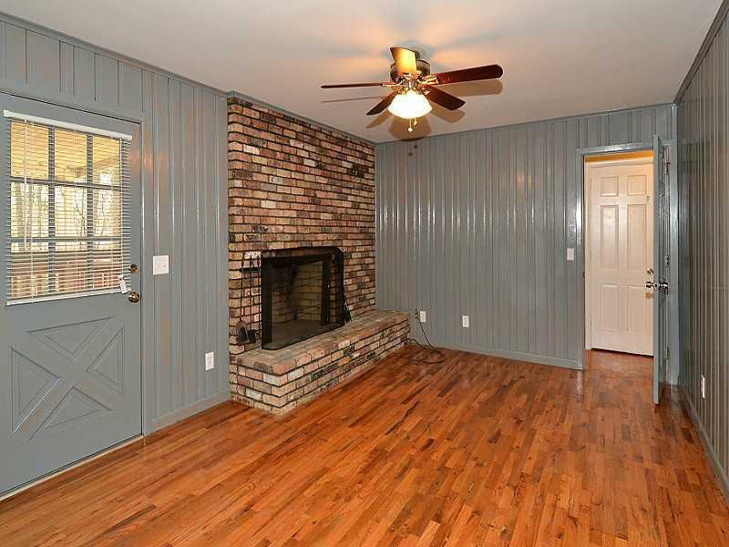 THIS MINIMAL HOUSE BLOG BEFORE PHOTO 9.jpg