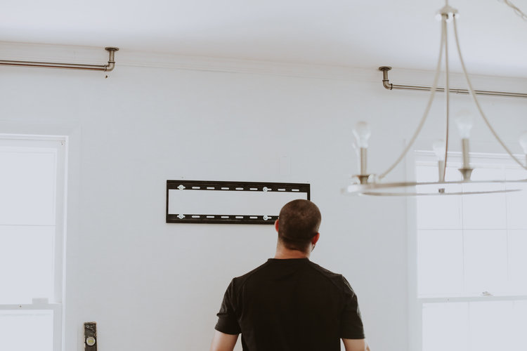 MOVING + REWIRING A TV — THIS MINIMAL HOUSE