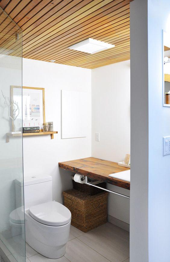 SLAT CEILINGS BATHROOM THIS MINIMAL HOUSE