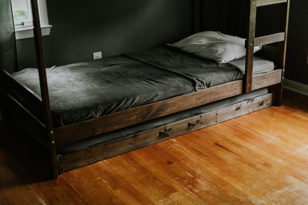 IKEA TWIN BED HACK www.thisminimalhouse.com