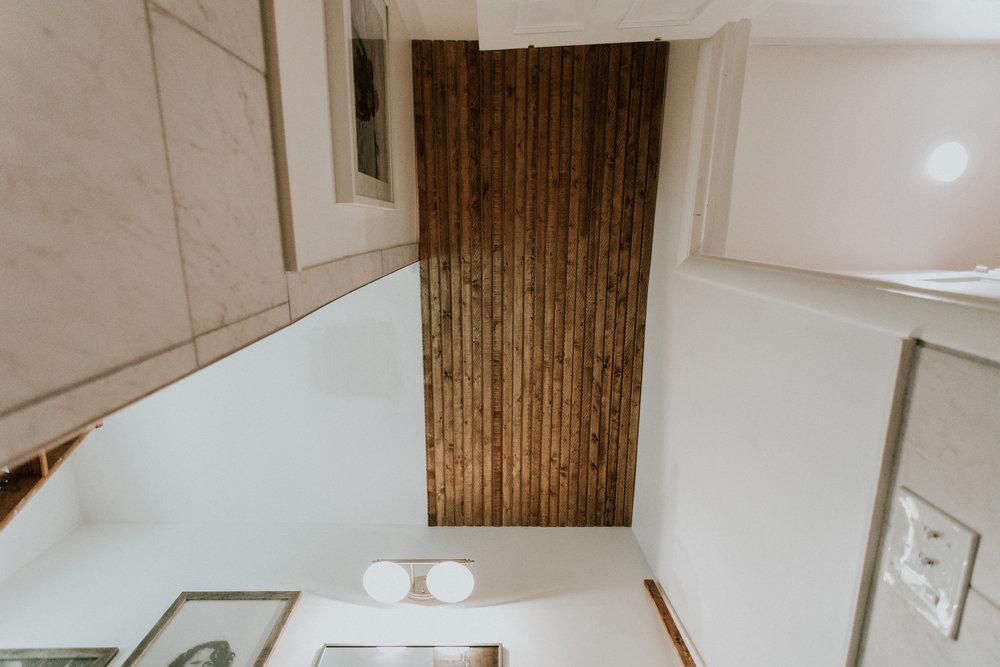 SLATTED BATHROOM CEILING www.thisminimalhouse.com