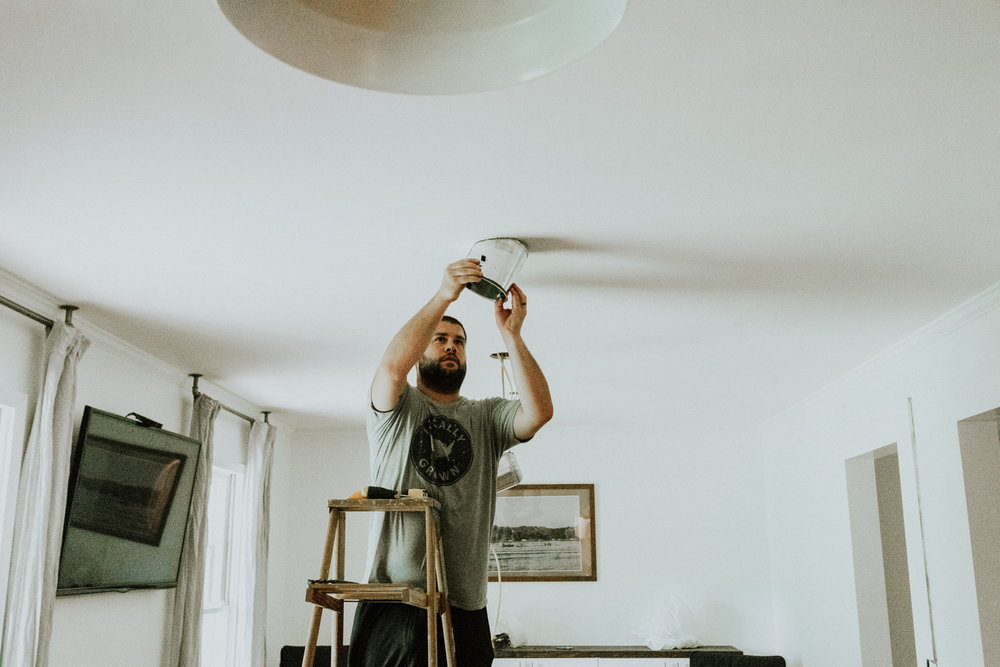 HOW TO INSTALL RECESSED LIGHTING FROM THE HOME DEPOT.