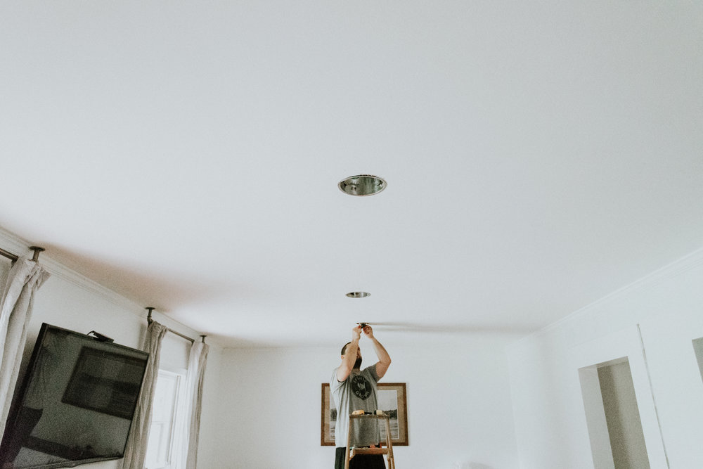 RECESSED LIGHTING IN FAMILY ROOM