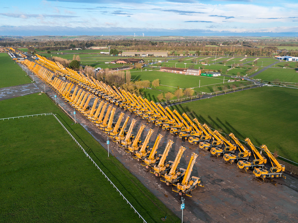 worlds largest mobile crane auction