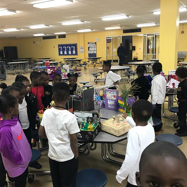 Flashback Friday: Our elementary school students kicking off Mardi Gras by viewing each other's shoebox floats before the parades! #scitech #chargers #chargerpride #elementaryschool #mardigras #shoeboxfloat #fbf