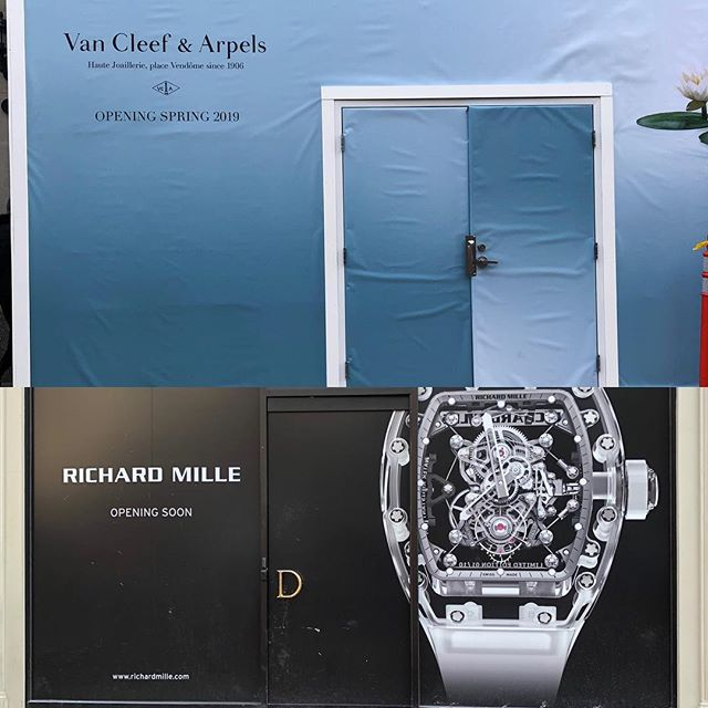 If this isn't a sign luxury is alive and thriving on #newburystboston, we don't know what is. #avantagenewbury #urbanmeritage #vancleefarpels #richardmille #luxuryretail #boston. Visit us at ICSC NYDM Booth 671 to find out more.