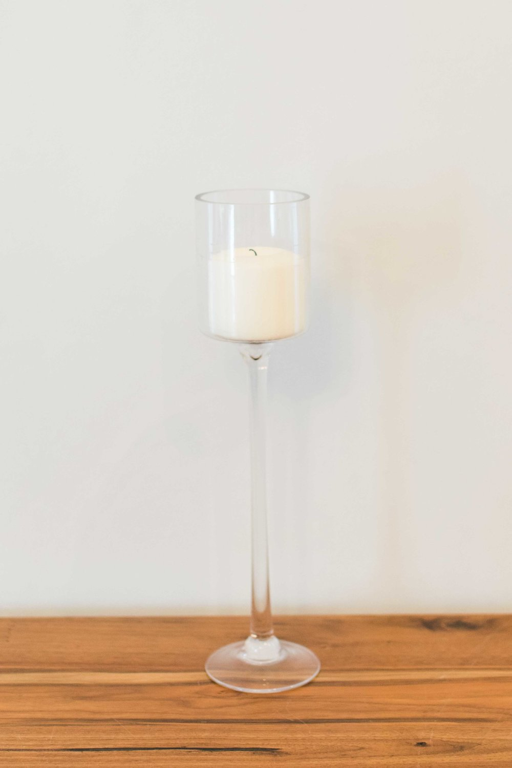 Glass With Cupped Top (Tall)  Quantity: 1