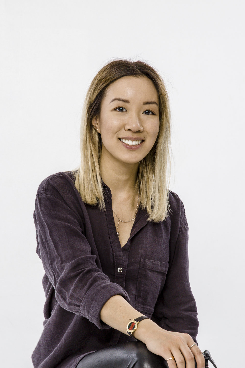 MEETCatherine Ong - My mission is to bring your ideas to life visually and documenting the journey .I have a keen eye for details and obsessed with aesthetics.