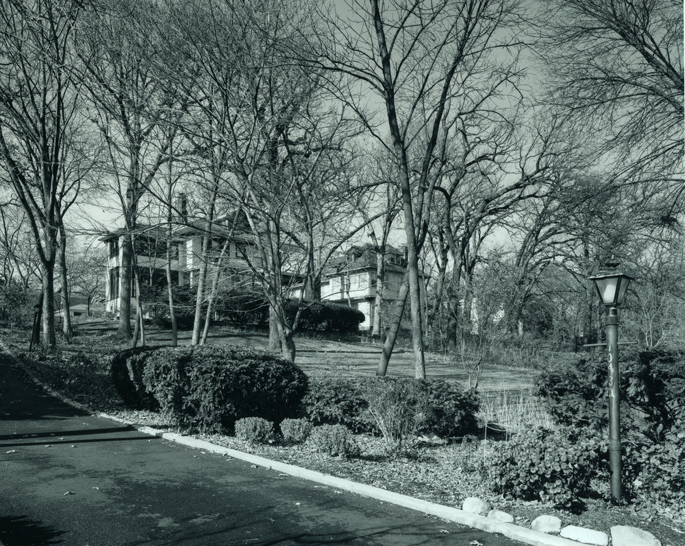 Longwood Drive, Beverly Chicago ©2002