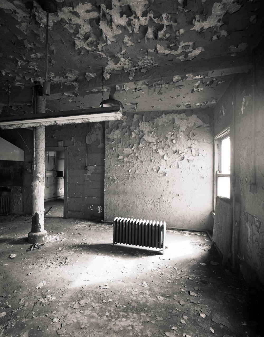 Radiator Top Floor Manhattan ©1980