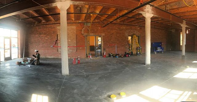 Remember that time when our new space was dirt floors and brick walls? Flashback to a little while after the floors were poured and they started running electricity throughout. ✨ This picture gives me all the feels knowing that it wasn't taken that long ago and we are already running out of space. 🤔 Oomph 2.5 anyone?? #portsmouthnh @chinburgproperties