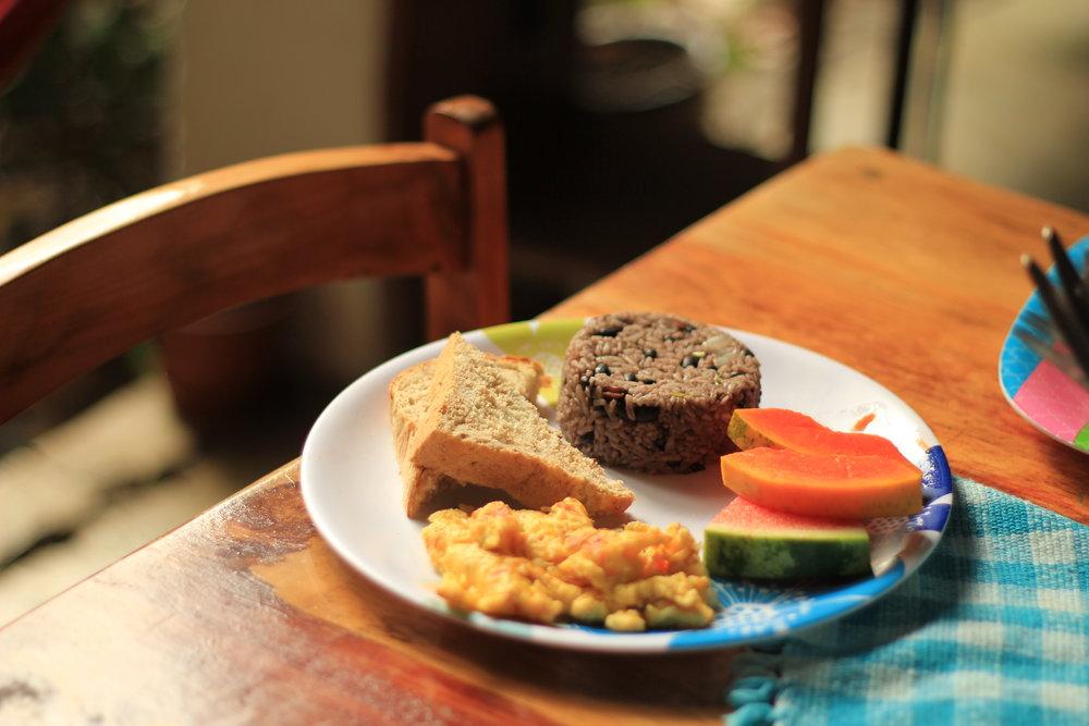 Luz Breakfast.JPG
