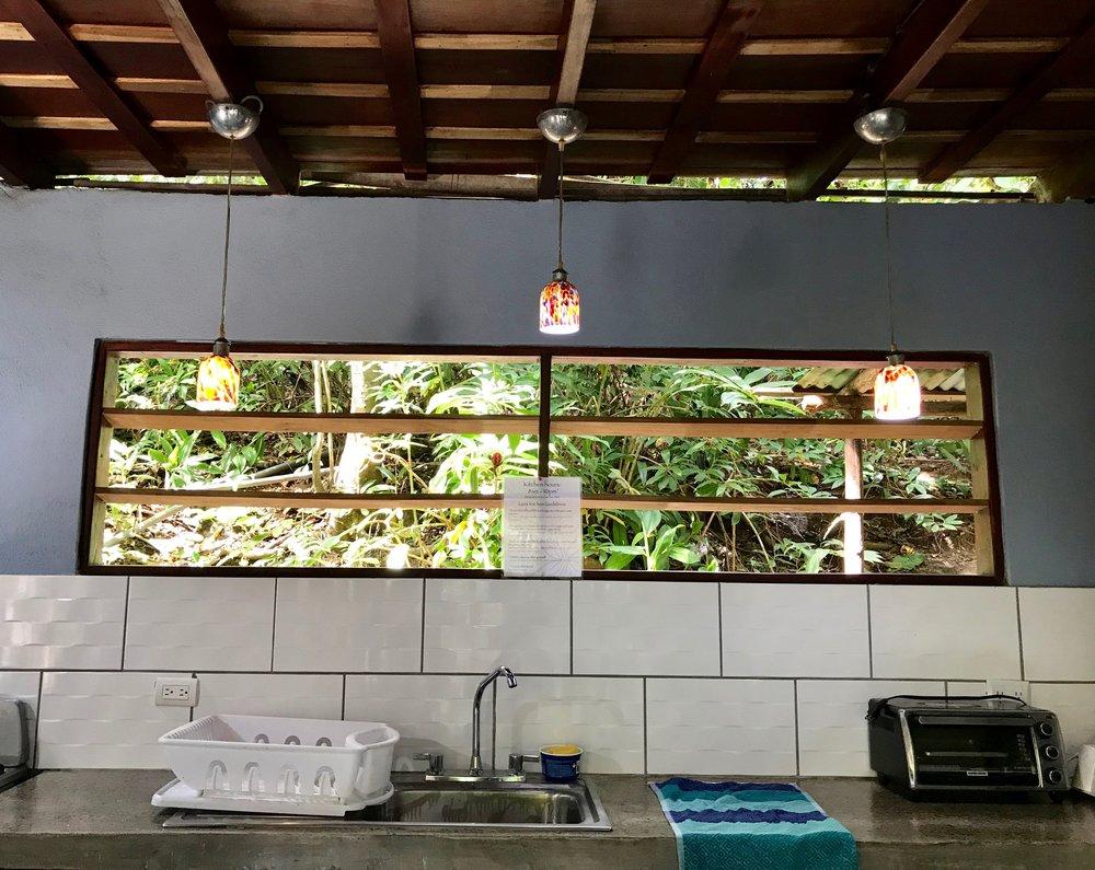 Luz Kitchen (4).jpg