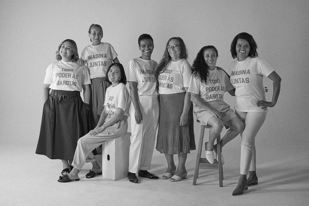 Da esquerda para a direita: Viviane Martins, Joanildes de Souza, Claudiane Rosa, Marilene Moreira,Lauriete Fonseca, Otacilia Soares e Carmélia Figueredo.