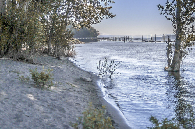 WINTLER PARK BEACH (VANCOUVER, WA)