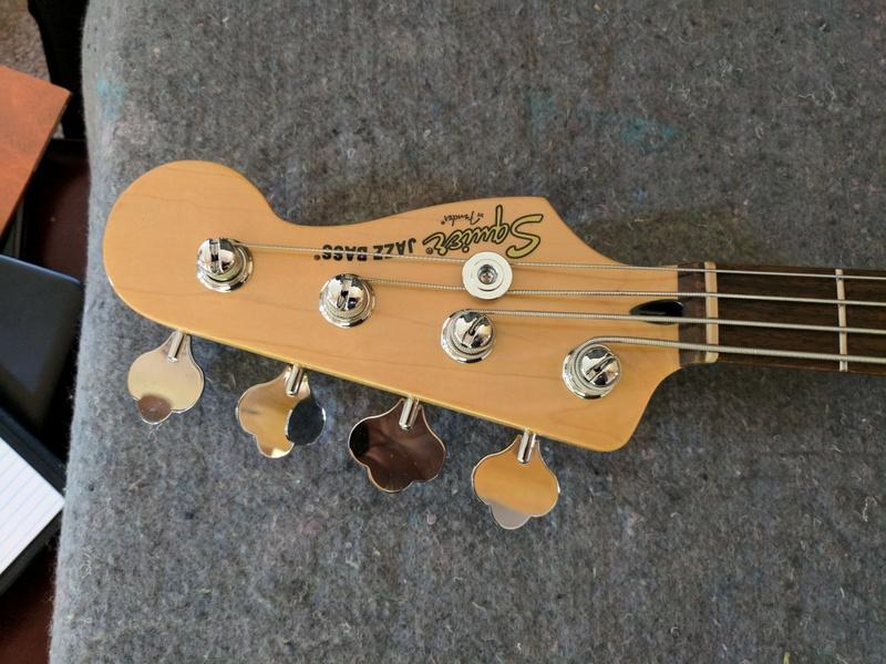 guitar (152).jpg