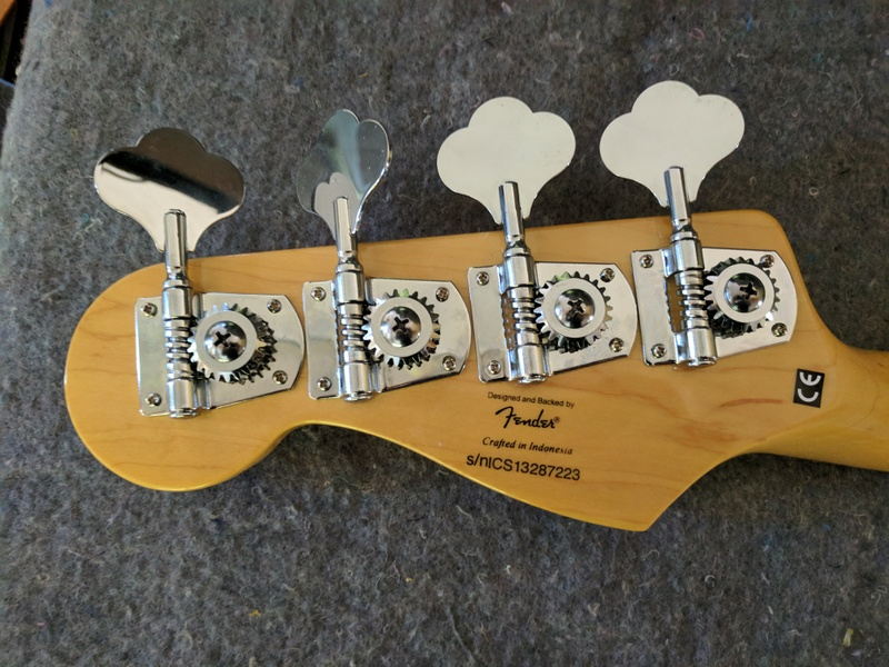 guitar (153).jpg