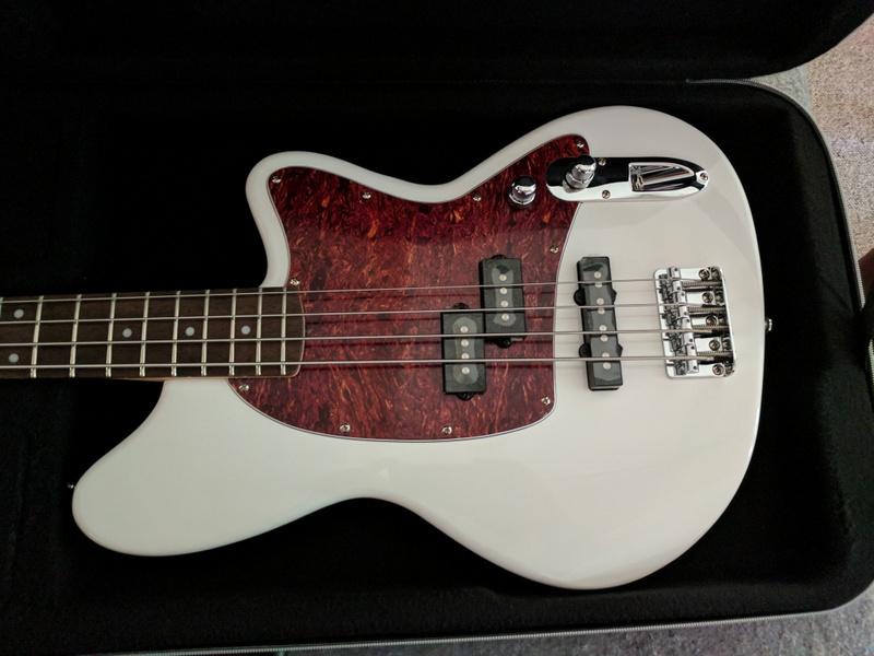 guitar (680).jpg