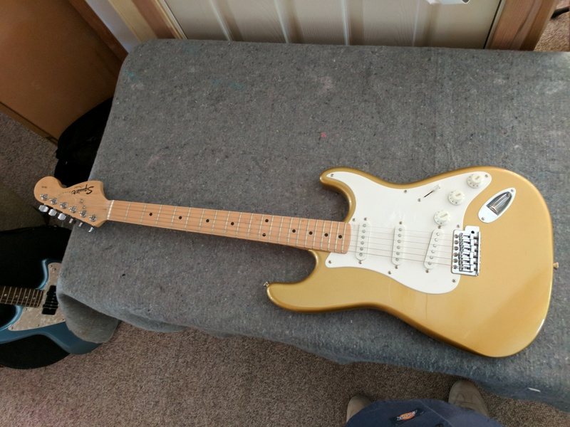 guitar (1014).jpg