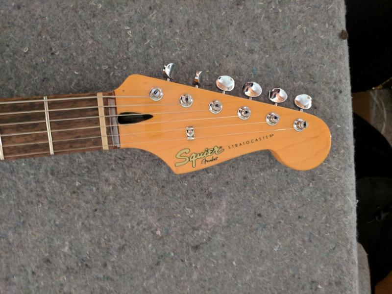 guitar (1171).jpg