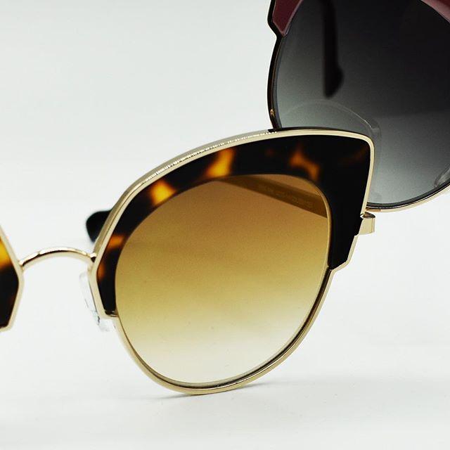 We've got the perfect pair for you💁♀️👓 • • • #readyforspring #fashion #eyewear #eyewearfashion #oakland #oaklandfashion #oaklandsmallbusiness #optometry