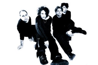 the-cure-2006-by-andy-vella.jpg