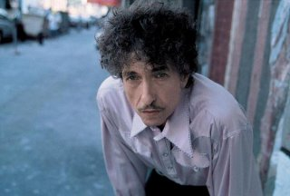bob-dylan-must-be-santa.jpg