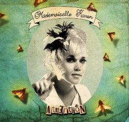 mademoiselle-karen-attention_bcms61020.jpg