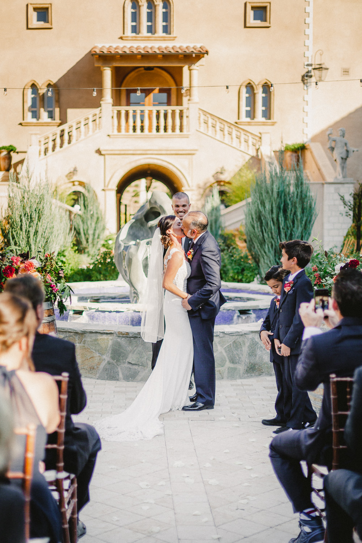 Paso-Robles-Allegretto-Vineyard-Resort-Wedding-Photographer-144.jpg