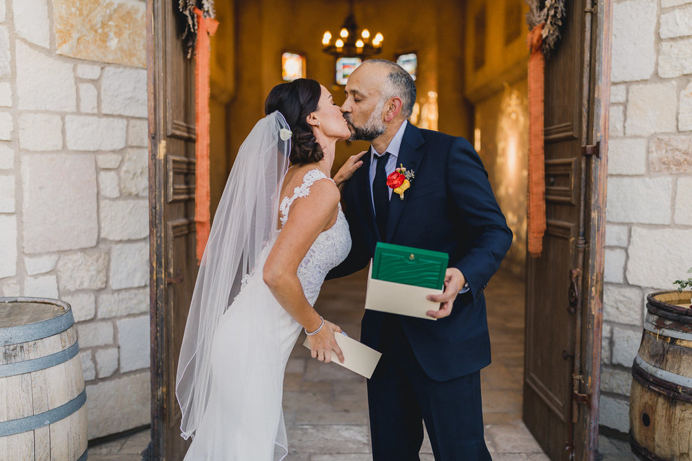 Paso-Robles-Allegretto-Vineyard-Resort-Wedding-Photographer-158.jpg