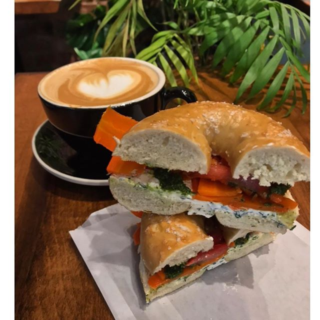 Happy Saturday, Steiners. Our bagel pop-up is live! @westmansbagel will be serving up all kinds of carby goodies at our downtown store until noon!! 🥯 . . #shopconeandsteiner #seattle #capitolhill #pioneersquare #downtown #shoplocal #shopsmall #localvore #goodneighborsgoodfood #productoftheday