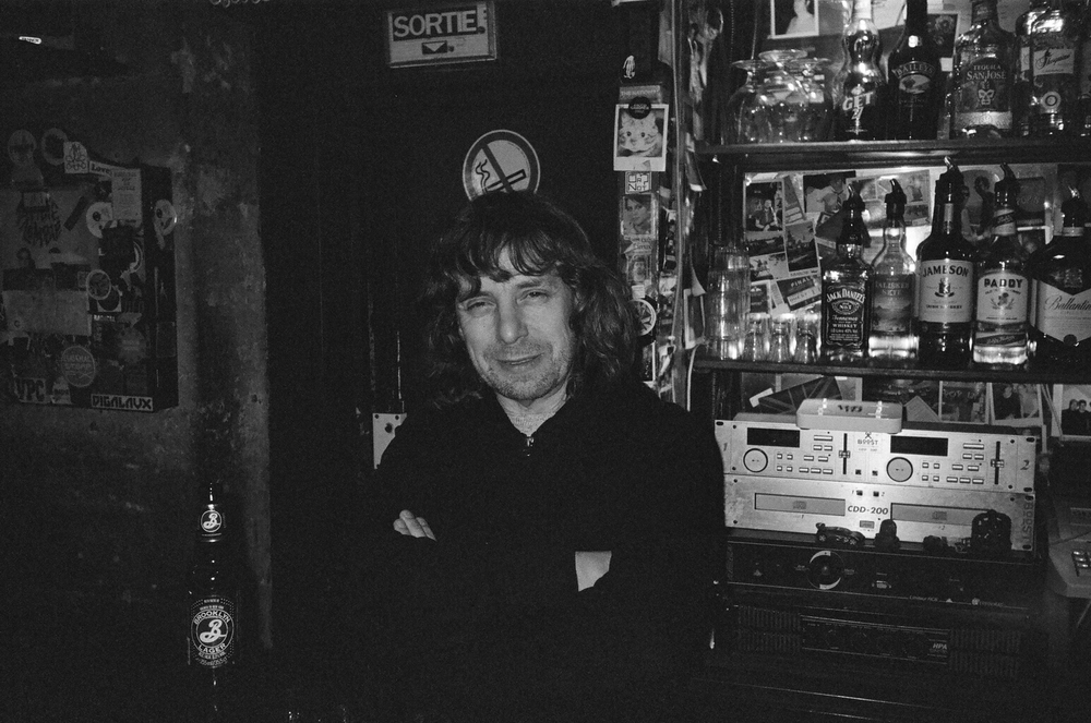 Denis Quélard: Dive Bar