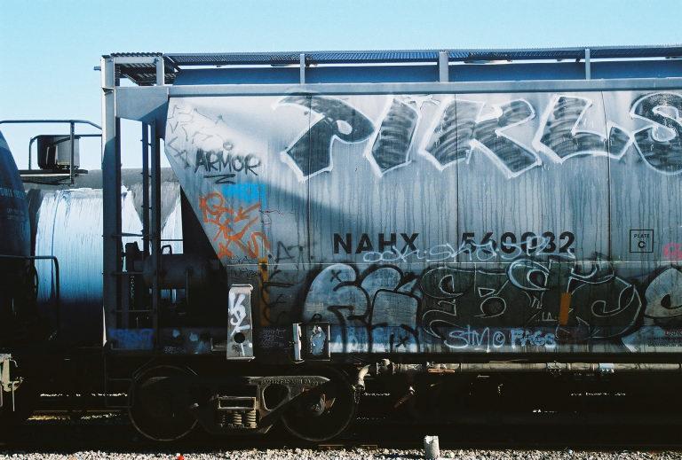 3872007-R1-035-16.jpg