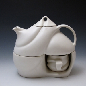 "Peter Saenger,  Tea for Two , 2014. Porcelain, 8.5"" × 9"" × 4.75"". Photo: Peter Saenger."