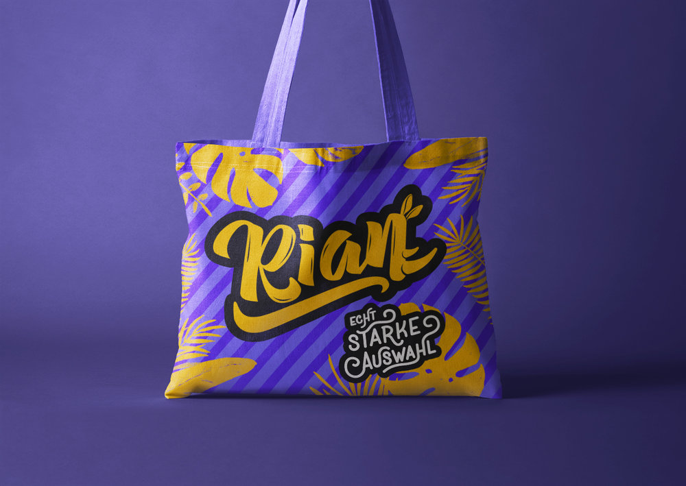 Rian_Shop_Logo_design_bag_03.jpg