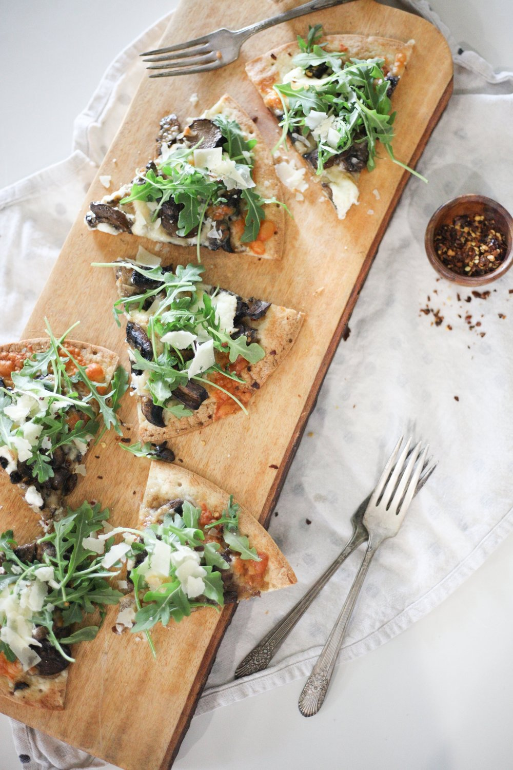 Mushroom & Ricotta Pizza - dinners with ease