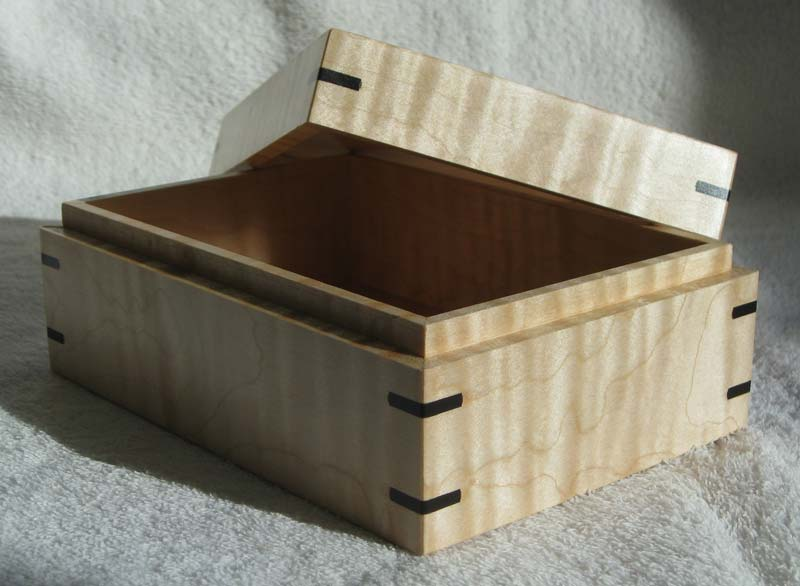 Maple Ebony Box