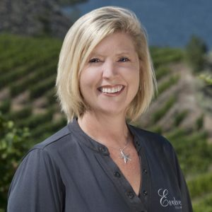 Christa-Lee McWatters Bond, Evolve Cellars