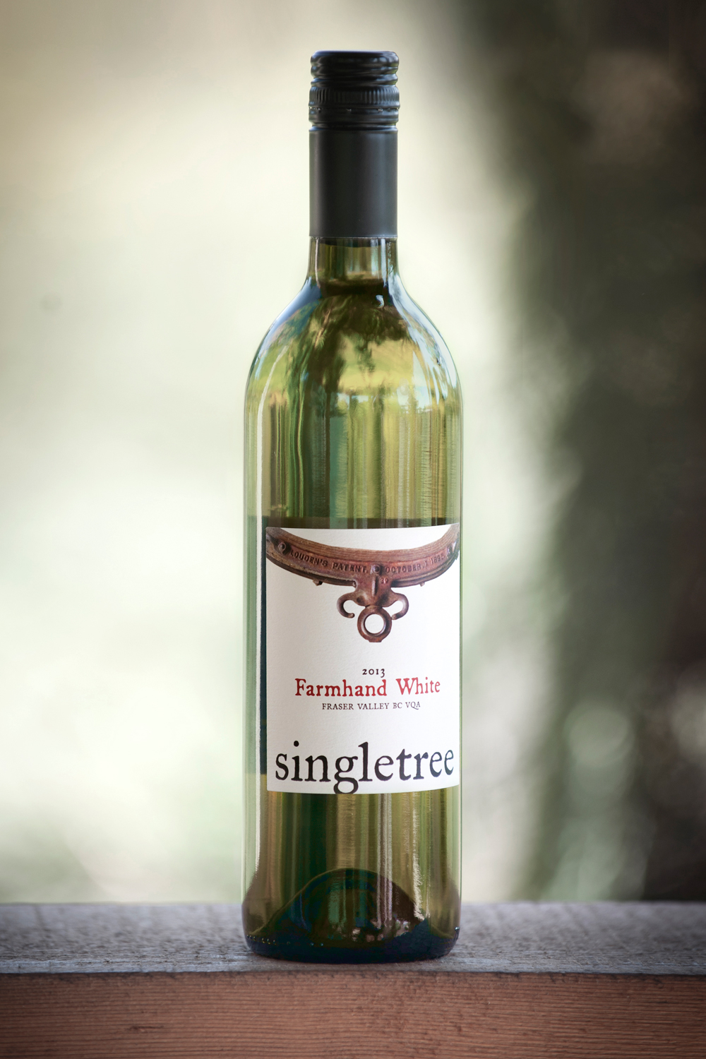 singletree-winery-farmhand-white.jpg